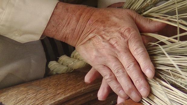 縄綯いの手